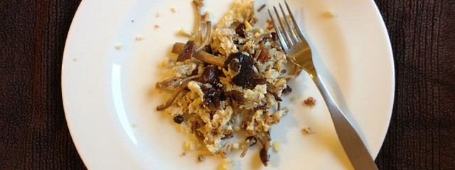 Scrambled Egg Whites and Fungi with Cottage Cheese