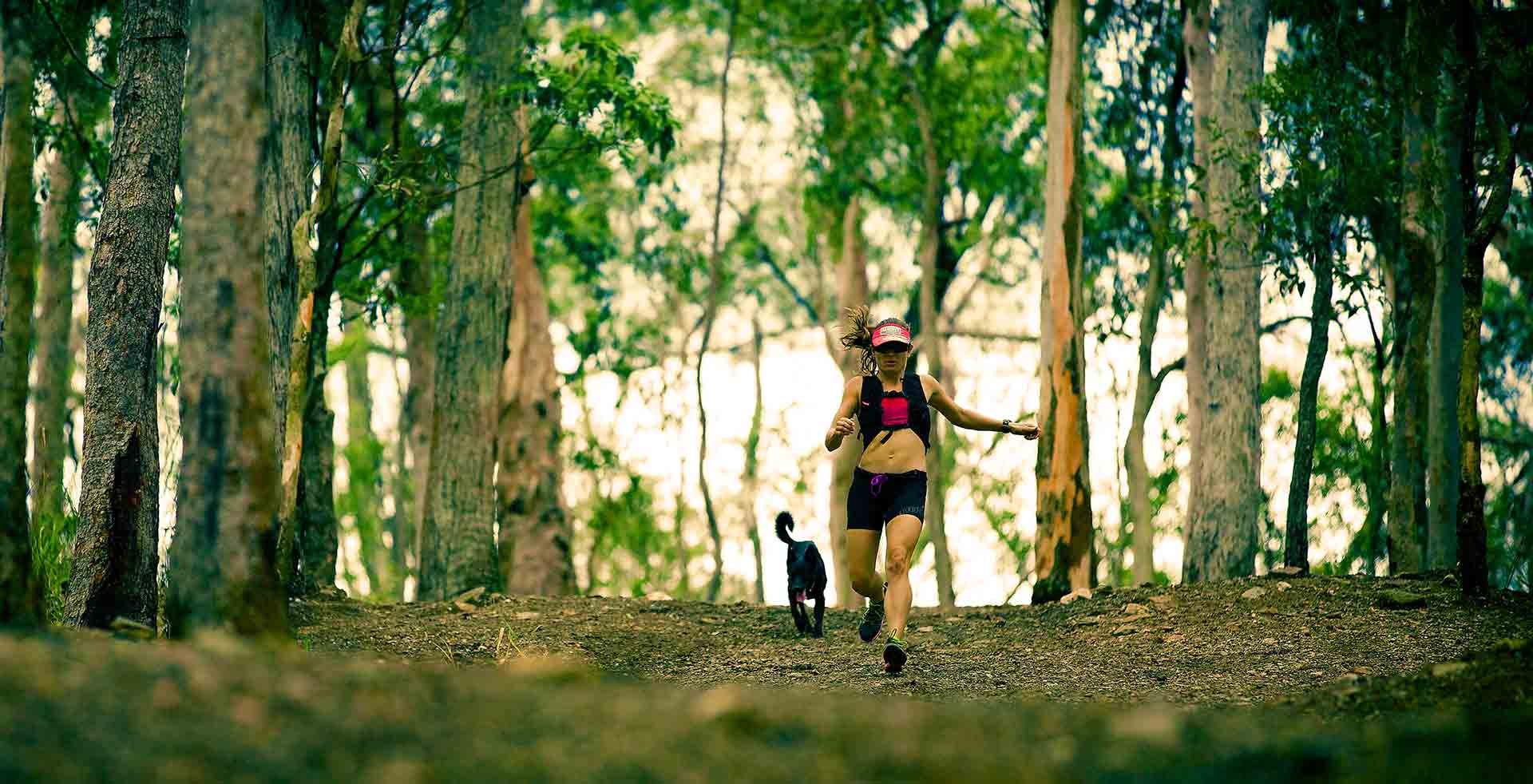 Trail-Runner-With-Dog